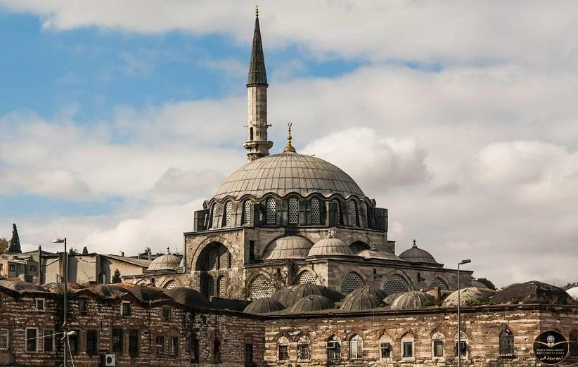 مسجد رستم پاشا استانبول